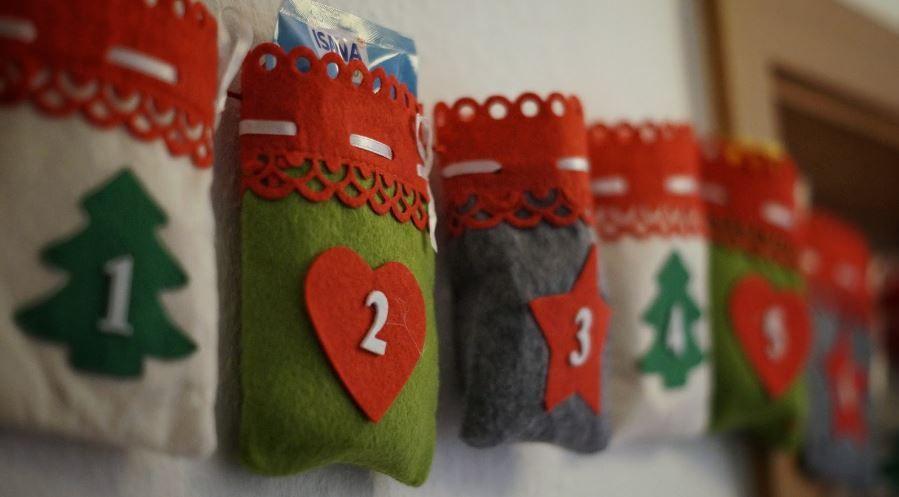 (P) 10 idei inedite de cadouri de Secret Santa pentru colegi