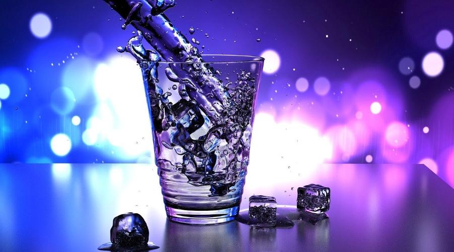 (P) De ce ar trebui sa filtrezi apa de baut?