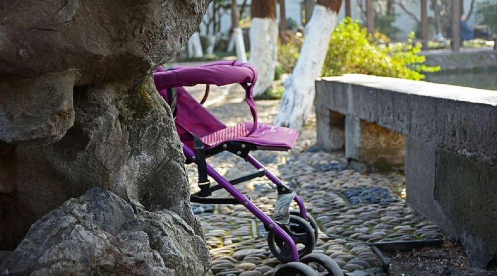 (P) Cum să selectezi cel mai bun cărucior bebe pentru călătorie