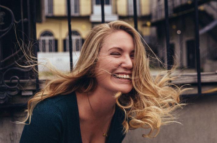 (P) 10 lucruri mărunte care-ți aduc fericirea