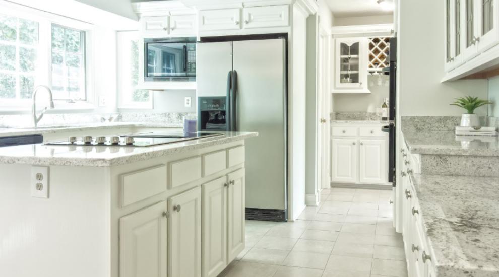 (P) Cum alegi cea mai potrivită combină frigorifică pentru tine