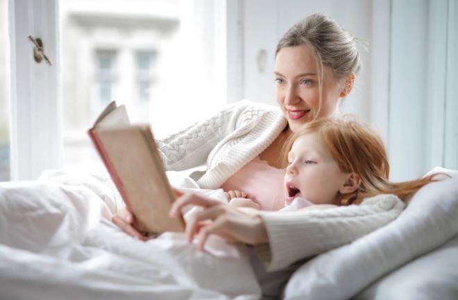 (P) 3 sfaturi pentru a-ți motiva copilul să citească