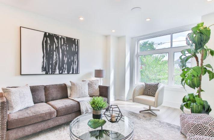 (P) Cum alegi mobilierul din living: 5 sfaturi