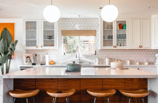 (P) 8 sfaturi pentru amenajarea unei bucătării open space