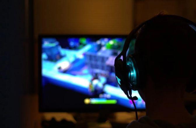 (P) Sfaturi pentru alegerea monitorului potrivit pentru gaming