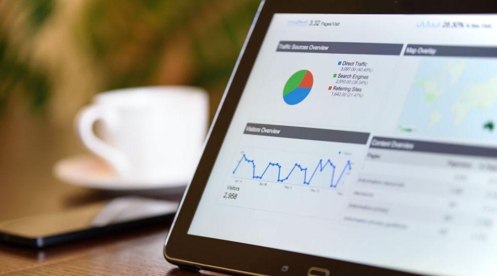 (P) Cum verifici online o firmă și care sunt avantajele din spatele acestui demers?