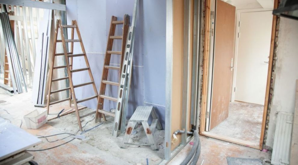(P) Ce materiale de construcții sunt esențiale pentru renovarea unui apartament