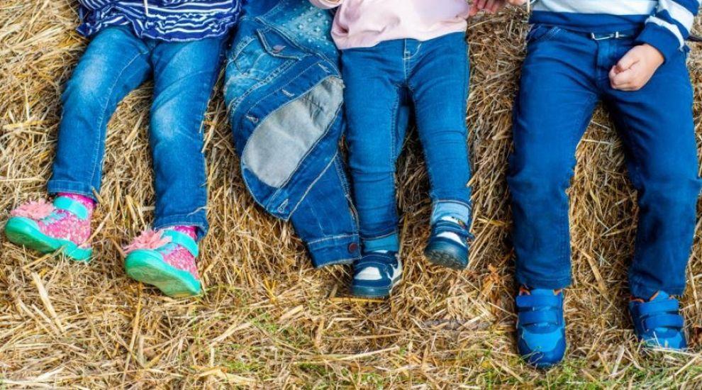 (P) Cum alegi pantalonii pentru copii în funcție de vârstă