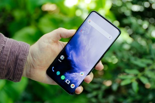 Cele mai bune telefoane Android pe care le poți cumpăra vara asta