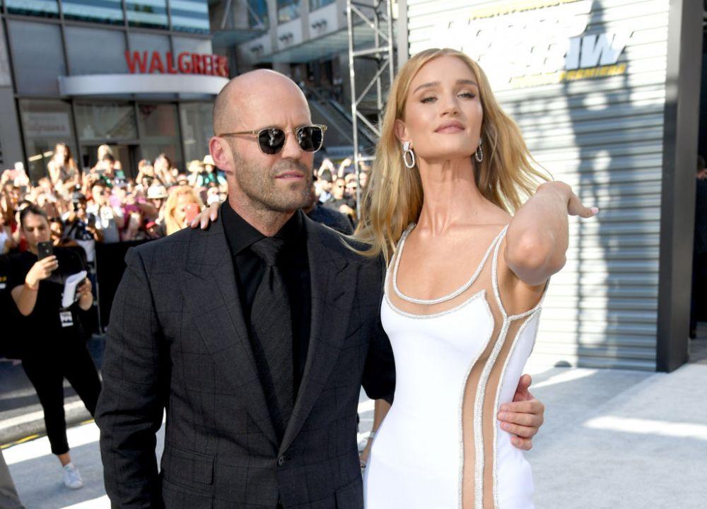 Cum arată iubitele durilor din filmele de acțiune: Jason Statham și Vin Diesel cu partenerele pe covorul roșu