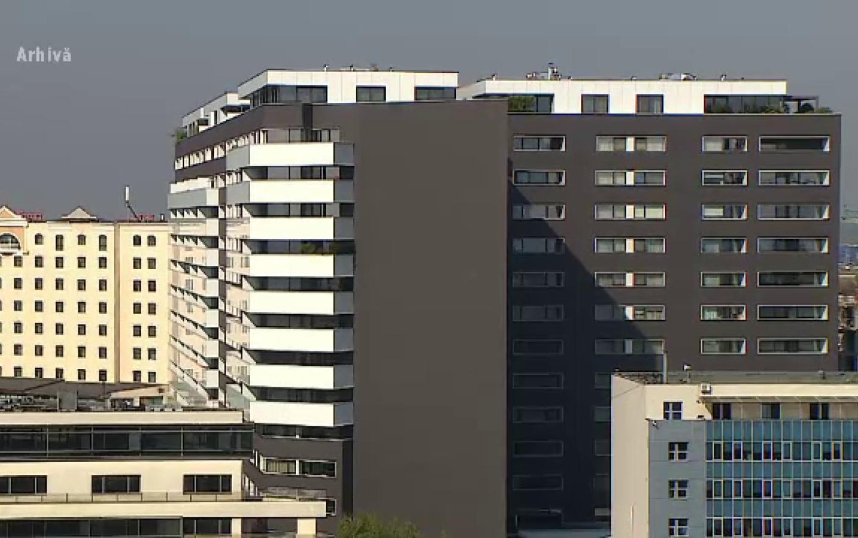 Câţi ani trebuie să muncească un român ca să își poată cumpăra un apartament de 50 metri pătraţi? Răspunsul e neaşteptat