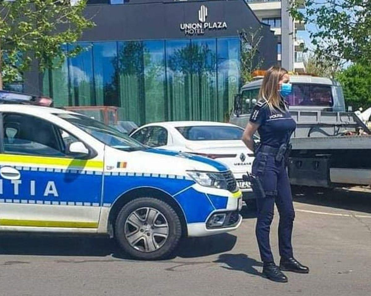 Cine e polițista sexy devenită virală pe internet și de ce a fost promovată?