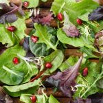 Salata crocanta cu rucola si rodie