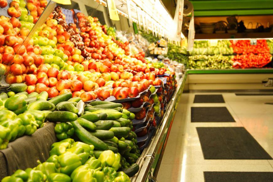 40% din mancare aruncata. Ce tara conduce in topul celor care irosesc alimentele