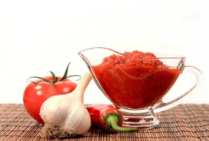 Ketchup 100% natural: invata sa-l prepari in doar cateva minute