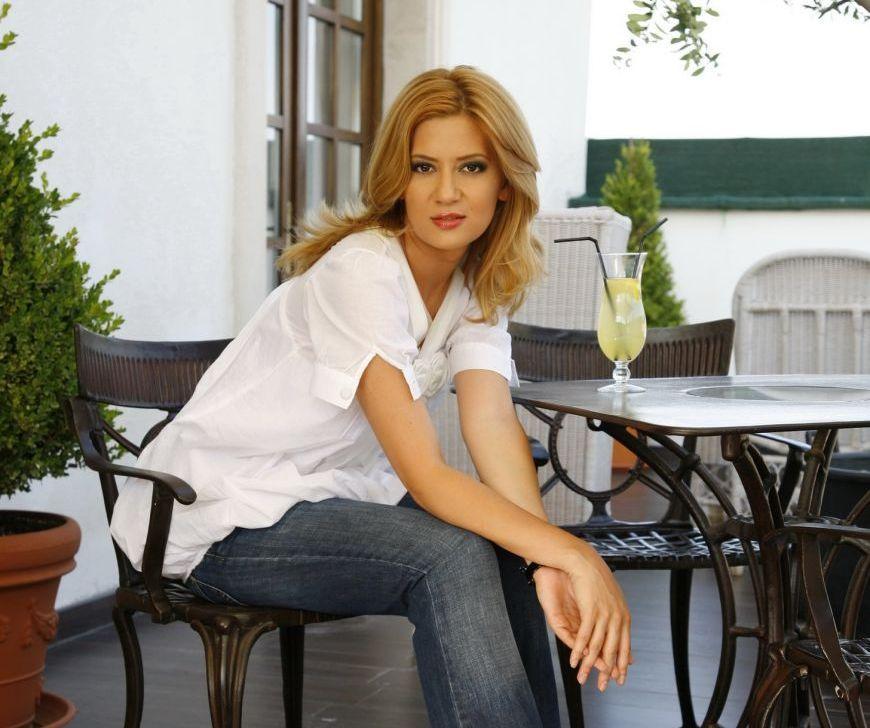 Mic dejun de vedeta: Amalia Enache nu este o persoana matinala, dar nu sare peste micul dejun