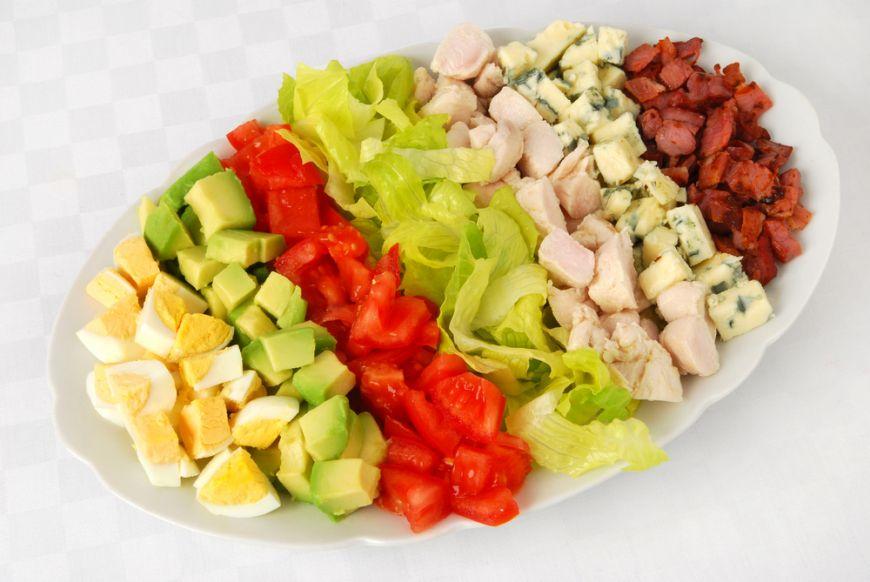 In jurul lumii in cautarea experientelor culinare - Salata Cobb, SUA