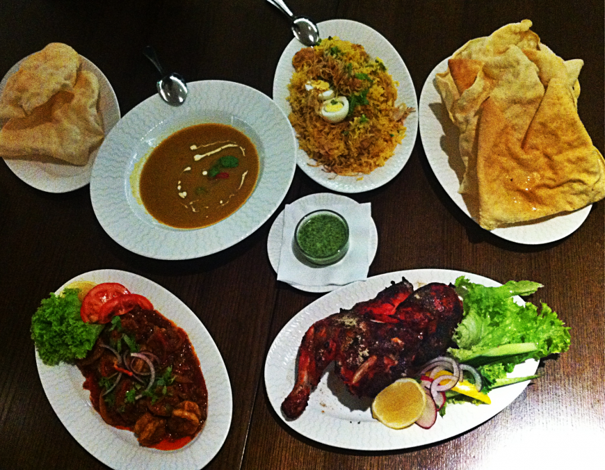 Mancarea indiana, o explozie de gusturi. Ce specialitati traditionale indiene trebuie sa incerci