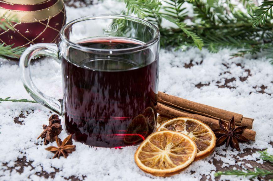Arome noi pentru vinul fiert. 3 retete sa te incalzesti in aceasta iarna