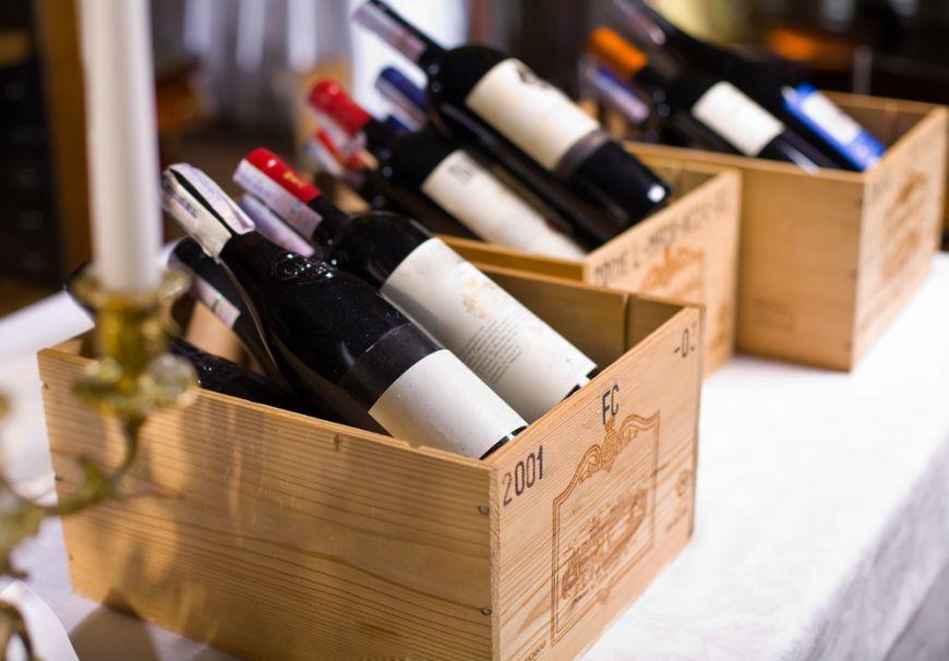 Bauturi cu eticheta de vedeta. 5 celebritati care au intrat in lumea vinurilor