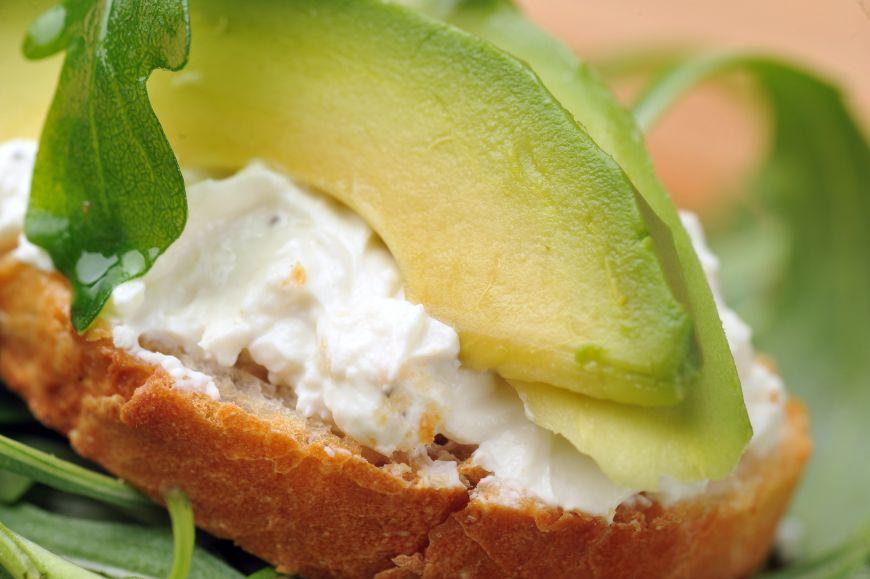 Avocado este fructul-minune. Ce-l face ideal pentru organismul uman