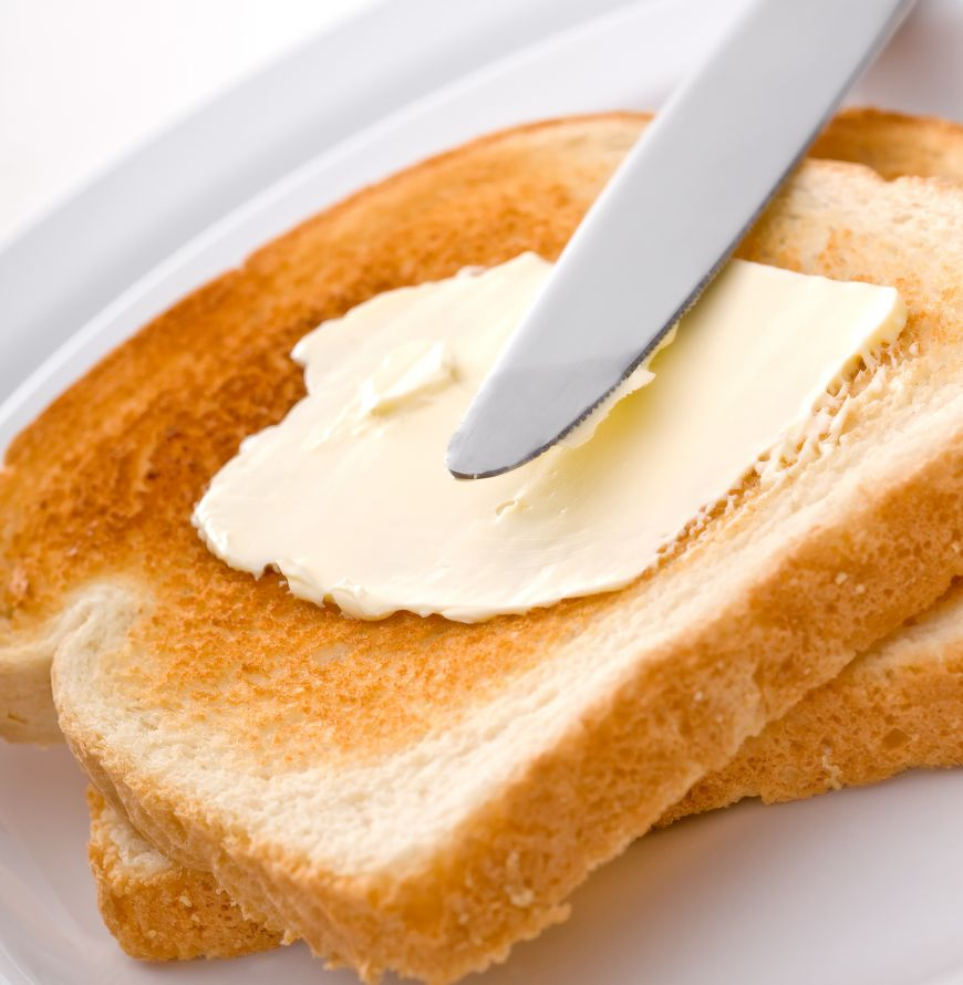 Margarina este interzisă din 2021! Care e totuși diferența dintre unt și margarină și de ce cea din urmă e mai periculoasă?