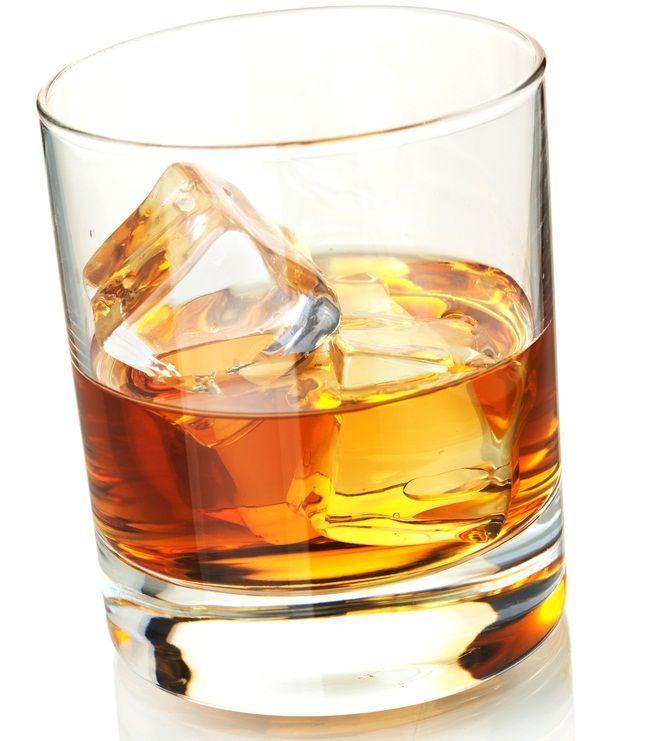 Ce spune bautura pe care o bei despre viata ta amoroasa