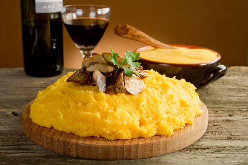 5 feluri in care sa gusti mamaliga. Reinventeaza traditionala reteta romaneasca