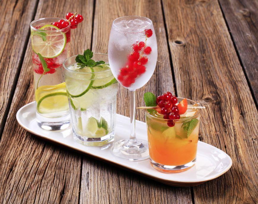 3 bauturi fara alcool bune de pus langa orice meniu