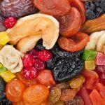 Beneficiile fructelor uscate natural. Cum le poti folosi in retete