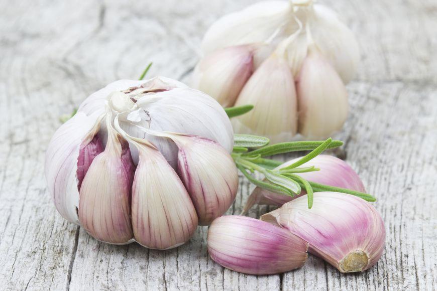 Top 10 alimente pentru detoxifiere corectă după sărbători! Scapă de kilogramele în plus și de toxinele acumulate