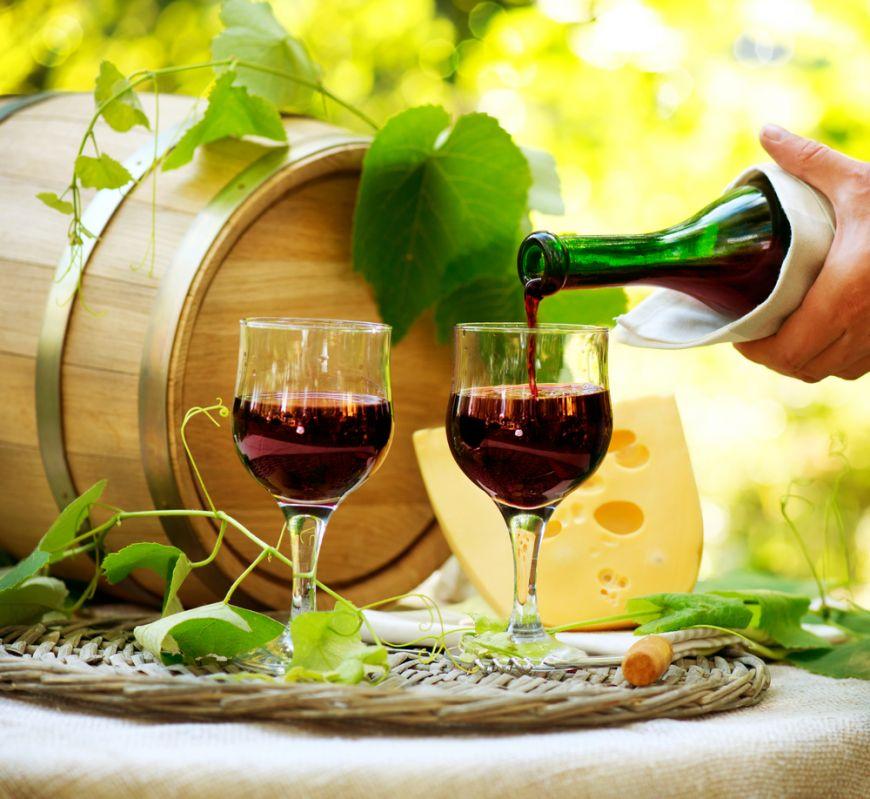 Top 5 mituri false despre vin