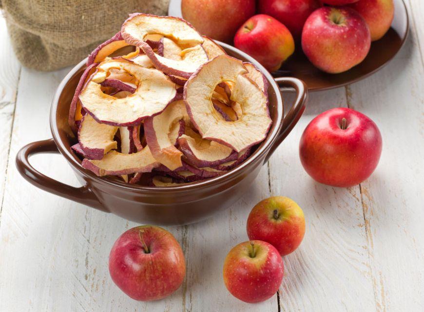 Arome prefecte pentru zile de toamna: cum să faci mere dezhidratate la cuptor?