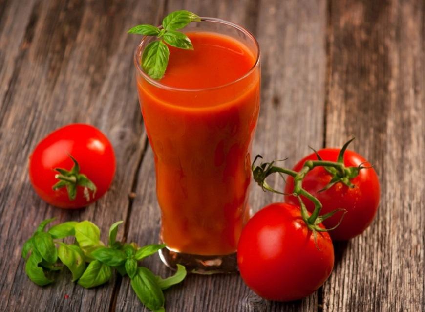 Sucul de rosii, un antioxidant puternic. Cum sa-l consumi pentru beneficii maxime