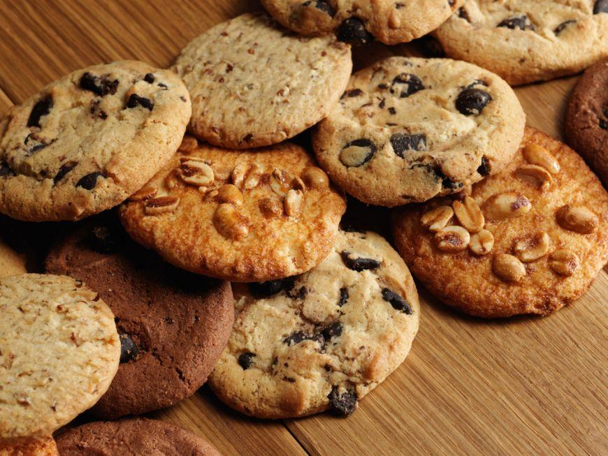 Bunatati pentru la pachetelul de scoala. 3 retete de biscuiti pentru recreatie