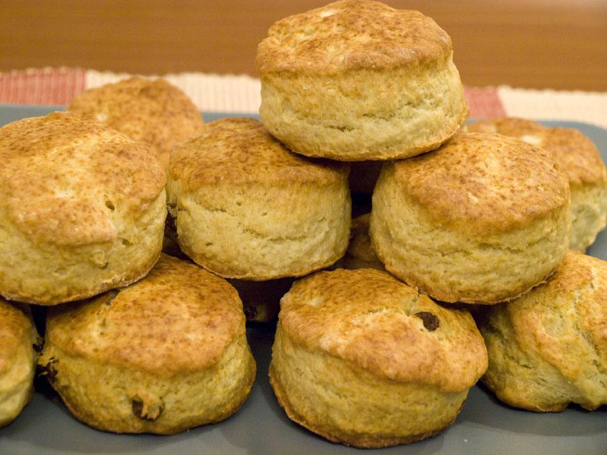 Lectia de gatit: Chifle pentru micul dejun (british scones)