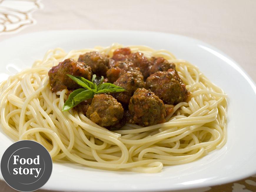 Testat de Foodstory: Spaghete arrabiata cu chiftelute de vita