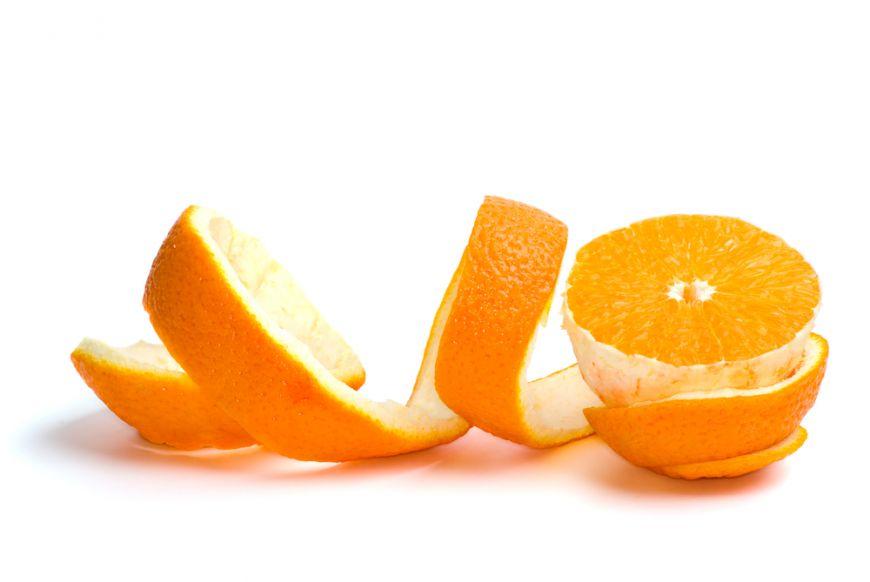 Consideri cojile de portocale și de pepene toxice și necometibile? Experții în nutriție sunt de cu totul altă părere