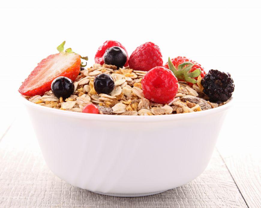 Mic dejun bogat in fibre. 5 idei rapide si gustoase