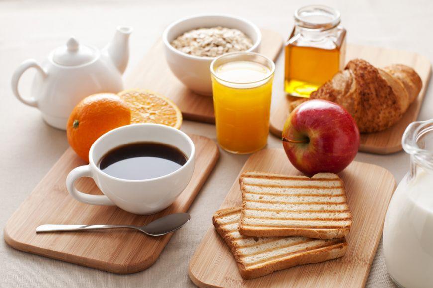 3 retete sanatoase pentru micul dejun