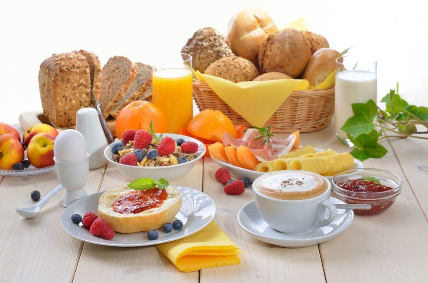 5 idei care sa iti faca micul dejun mai rapid si ziua mai buna