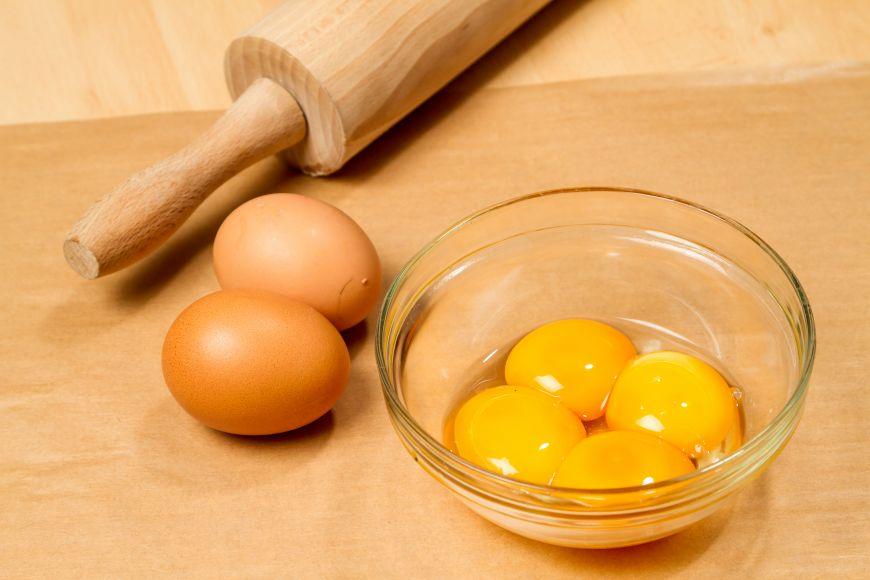 8 alimente bogate in colesterol