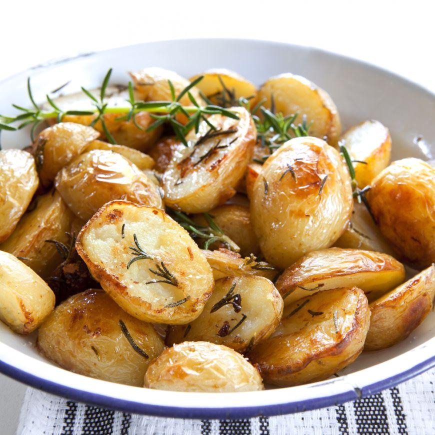 Ingrasa sau nu cartofii? Diferenta o face doar modalitatea de preparare. Care este cea mai buna