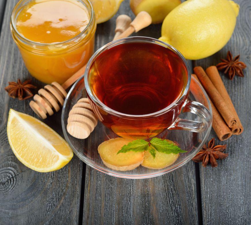 Îți spunem principalele alimente și băuturi care te ajută să combați răceala în această perioadă