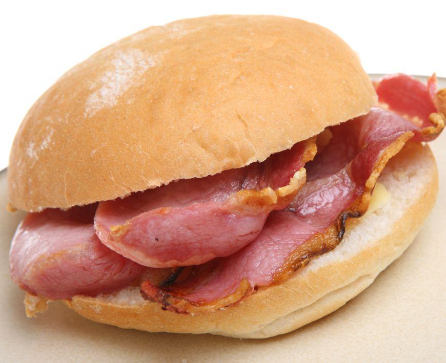 Sandvis cu bacon - o reteta Jamie Oliver