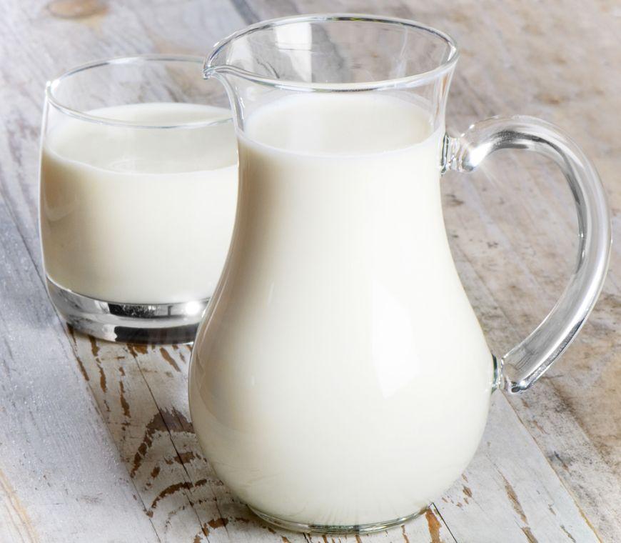 Lapte de vaca vs lapte de bivolita. Care sunt diferentele si care e cel mai bun
