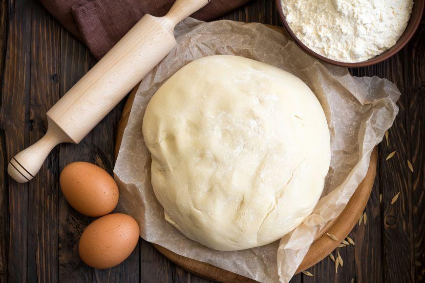 O singura reteta de aluat de paine si 3 feluri in care sa o folosesti