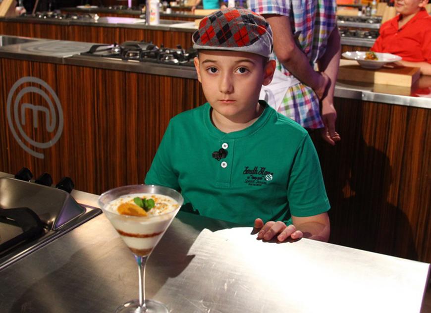 Are doar 9 ani ai a gatit un tiramisu cu nugatini delicios. Incearca reteta care i-a pus in dificultate pe concurentii de la MasterChef