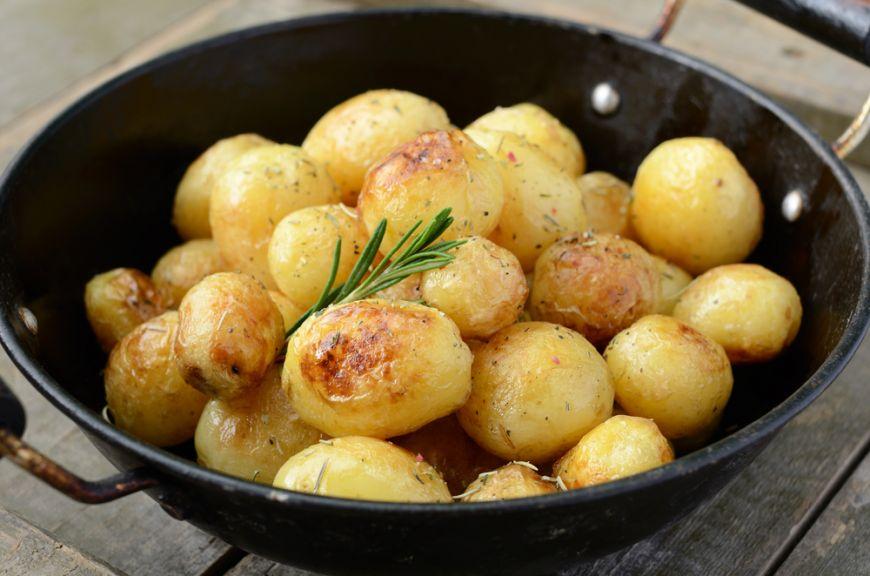 Gateste de sezon. 5 retete cu cartofi noi