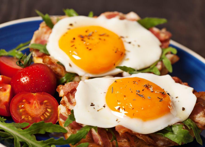 5 mancaruri care sunt mai gustoase daca le mananci cu un ou prajit